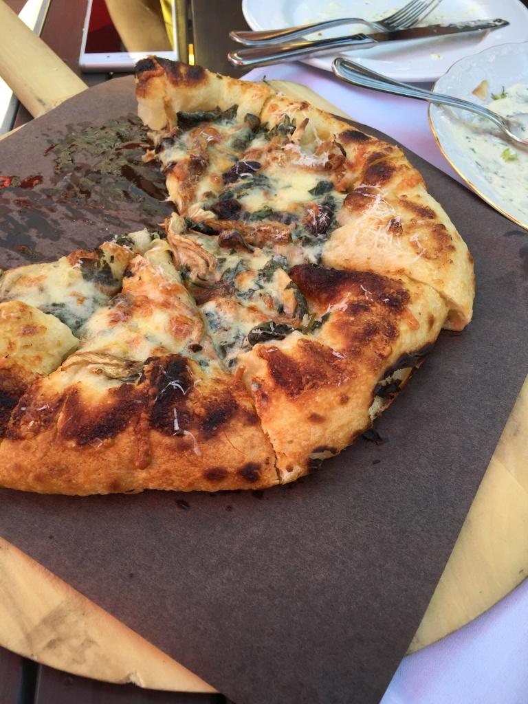 #3 funghi pizza.